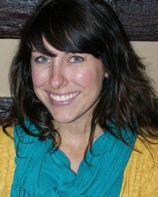Headshot of Nikki Foxley