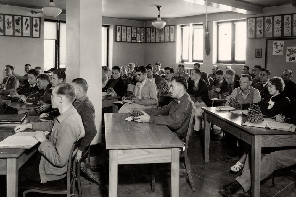 1935 classroom with forestry students